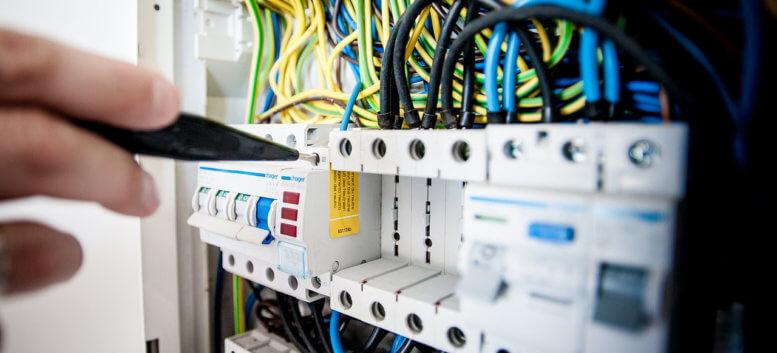 Elektroinstalace závady a opravy