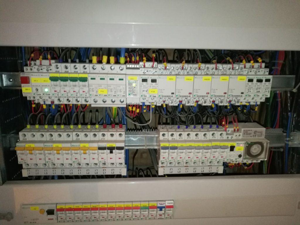 Elektro Praha revize