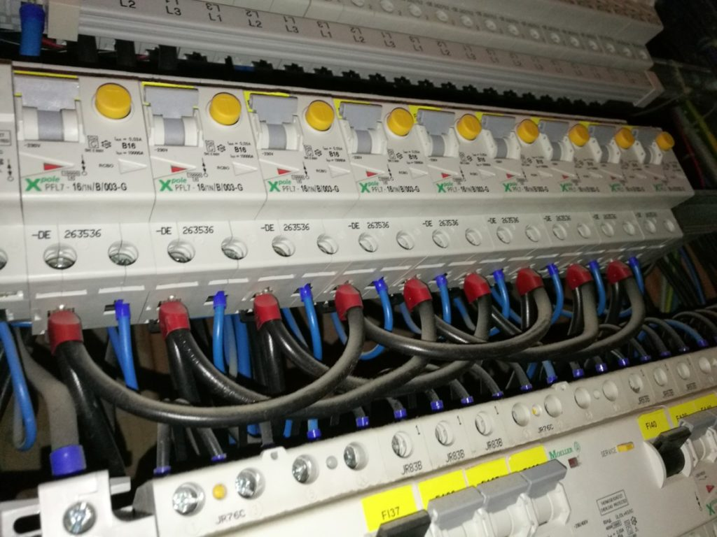 Revize elektro Slaný