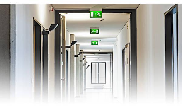 Revize nouzového osvětlení normy